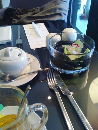 Empire Riverside Hotel: Tavolo colazione