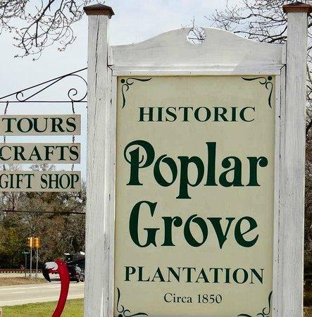 Poplar Grove Plantation: sign on road