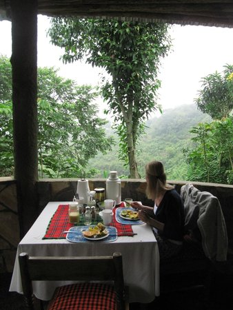 Songota Falls Lodge: Breakfast with great view