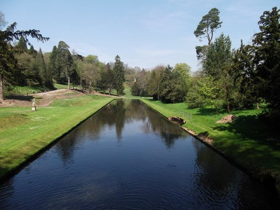 Fountains Abbey and Studley Royal Water Garden: Blue lagoon