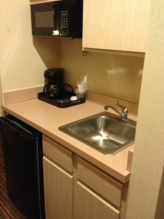 Quality Inn & Suites West Chase: Cucina