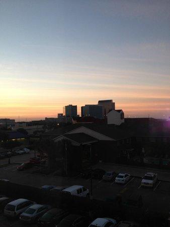 Clarion Inn & Suites West Chase : Vista dalla camera