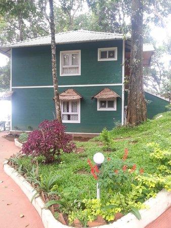 Blue Bells Valley Resort: Veiw of cottage in the Blue bells