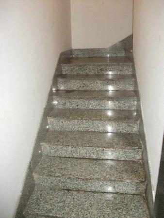Burlington Apartments : Rampe di scale molto pulite!!!!