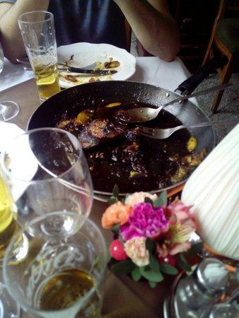 Comme Chez Soi: Fegato di oca con mele e vino tocai