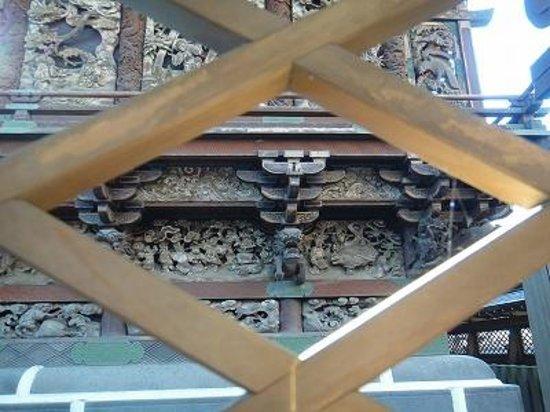 Kiryu Tenmangu Shrine: 彫刻がすごい!