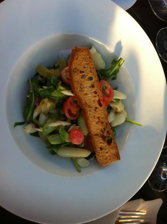 Rheinterrassen: antipasto di verdure con asparagi