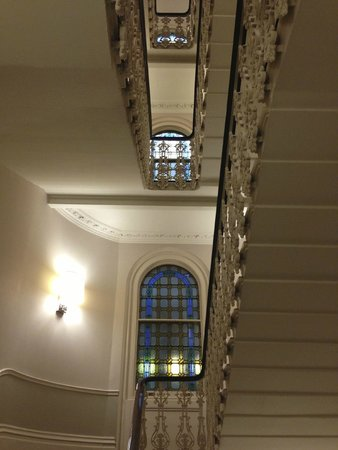 The Grosvenor Hotel: Stairs