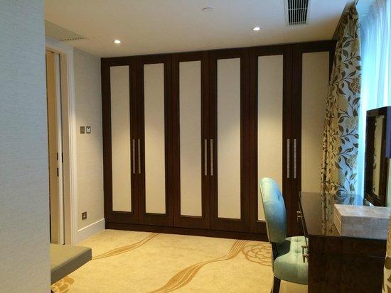 Conrad Macao Cotai Central: Room3