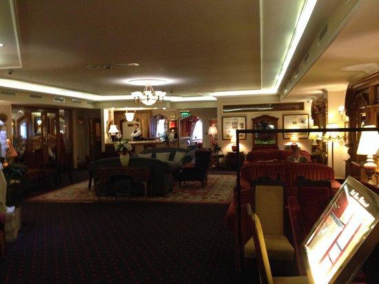 Park House Hotel: Lobby Area