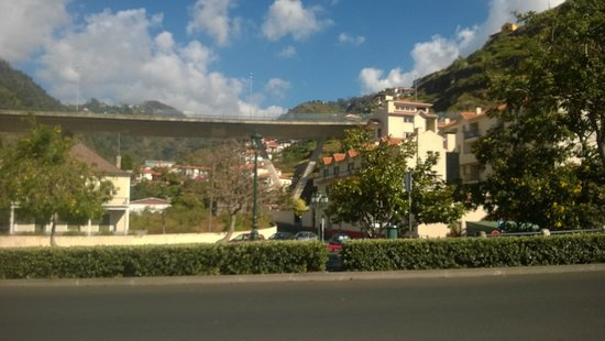 Hotel Santa Catarina: Hotel with motorway