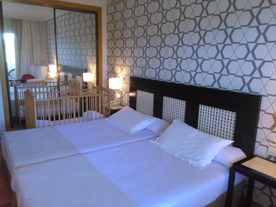 H10 Salauris Palace : habitación estandar