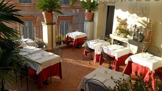 Relais Fontana Di Trevi: ready for the dinner