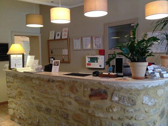 HOTEL LOU CIGALOUN : Front Desk