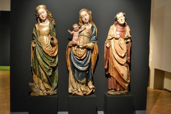 Sternberg Palace: Готические скульптуры