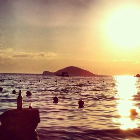 Camping Stavros & Porto Elena: Kelifos Island, from Porto Eleni's beach