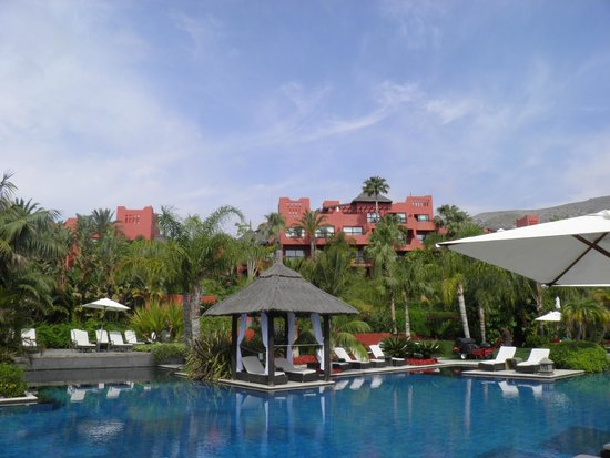Barcelo Asia Gardens Hotel & Thai Spa: Pool
