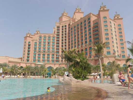 Atlantis, The Palm: One of the pools