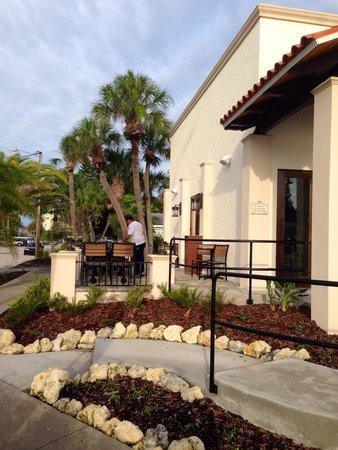 La Casa Del Pane: Outdoor Seating