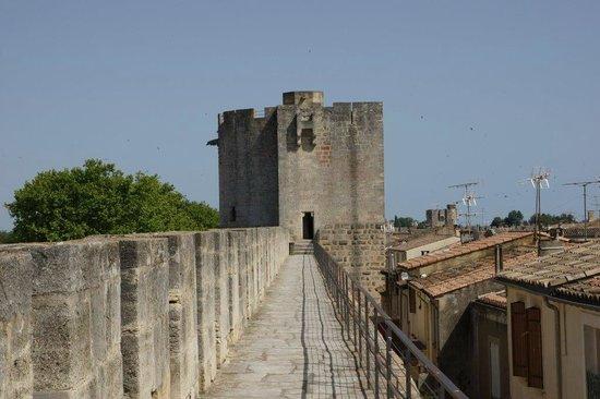 Tours et Remparts d'Aigues-Mortes : au départ du tour des remparts
