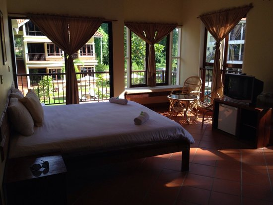 Anjungan Beach Resort: Room