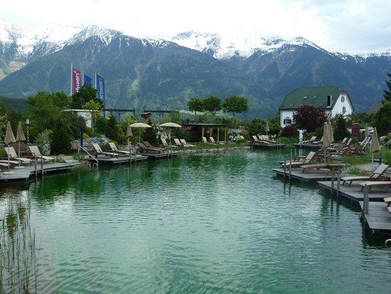 Alpenresort Schwarz : Naturbadesee