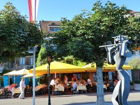 Cafe de la Poste : Terrace in Summer