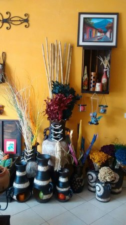 Chiquimula, Guatemala: Articles to beautify and decor with good taste