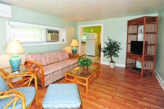 Indian River Lagoon Waterfront Cottages: Room