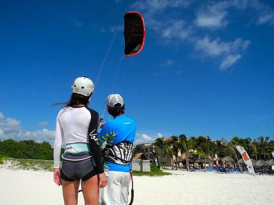 PDC Kiteboarding School and Water Sports Center: Learning the fundamentals of kite control with top-notch IKO certified instructor, Marco Conte.