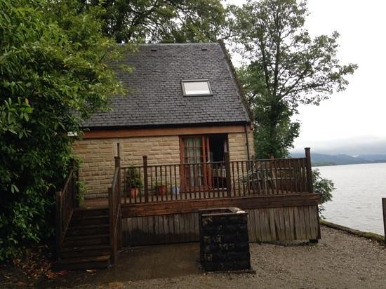 Auchenheglish Lodges : from your own little pebble beach