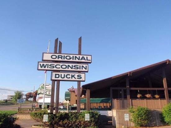 Original Wisconsin Ducks: Original Ducks Sign and Building