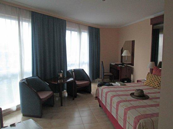 Meliá Santiago de Cuba: Corner bedroom 7th. floor