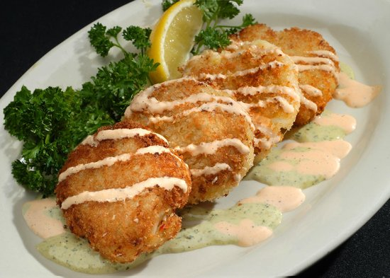 Domenicos Italian Restaurant & Catering: Maryland-style Crab Cakes