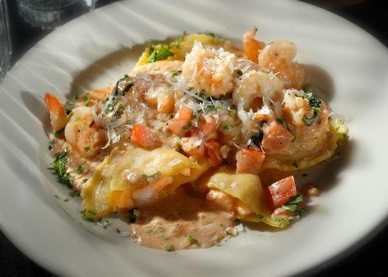 Domenicos Italian Restaurant & Catering: Lobster,Shrimp and Scallop Ravioli