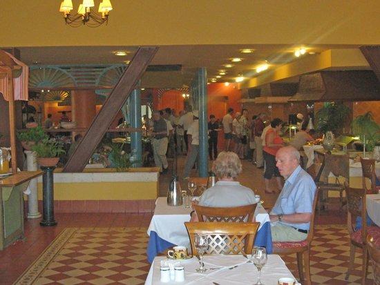 Meliá Santiago de Cuba: Buffet restaurant