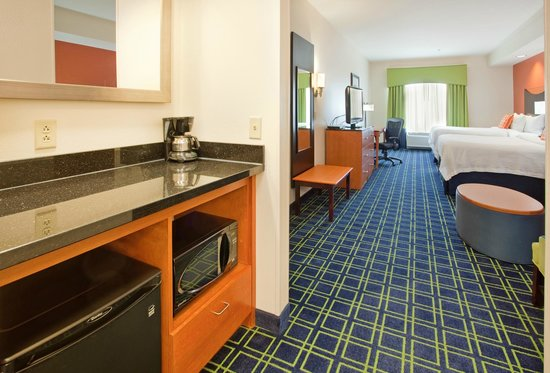 Fairfield Inn & Suites Grand Island : Suite