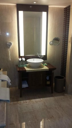 Ramayana Resort & Spa: Vanity