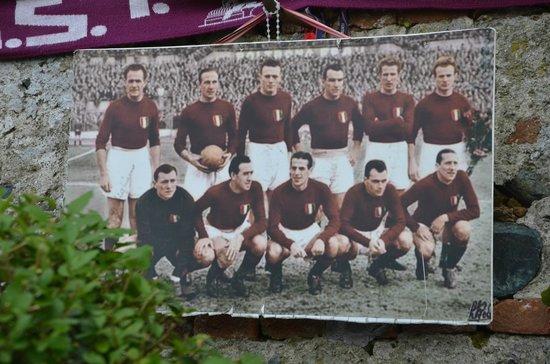 Basilica of Superga : Memorial to Troino FC