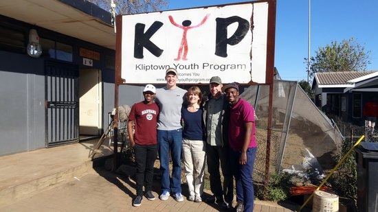 Felleng Day Tours : Kliptown Youth Program in Soweto