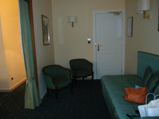 Hotel Napoleon: Entrée