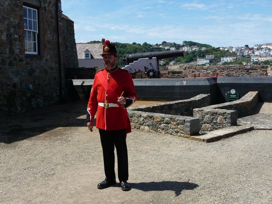 Castle Cornet: Battery Sergeant after gun fired ( He will pose for pictures)