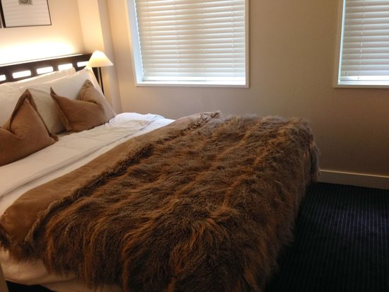 The Nadler Soho : Bed