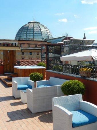 La Ciliegina Lifestyle Hotel: Terrasse-jacuzzi