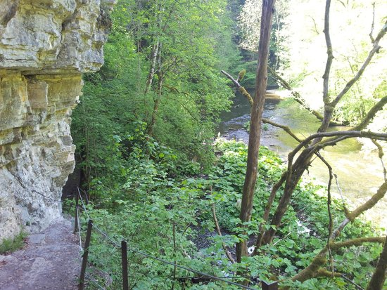 Wutachschlucht: narrow path along cliff