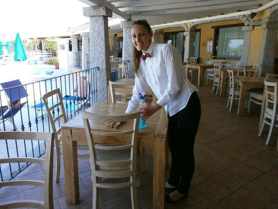Cala Fiorita : Un personnel de restauration au top