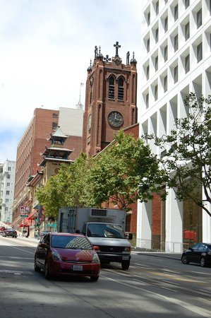 Old Cathedral of St. Mary: Exterior from California Street