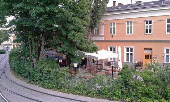 Gasthaus zur Zahnradbahn: The Garden