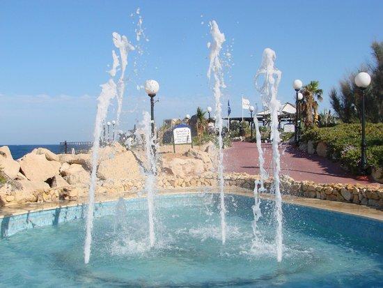Radisson Blu Resort, Malta St Julian's: the fountain