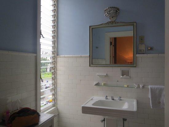 Gran Hotel Bolivar : bathroom